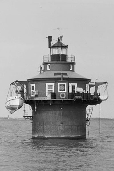 Craighill Channel Lower Range Front Light