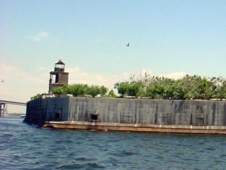 Fort Carroll Lighthouse